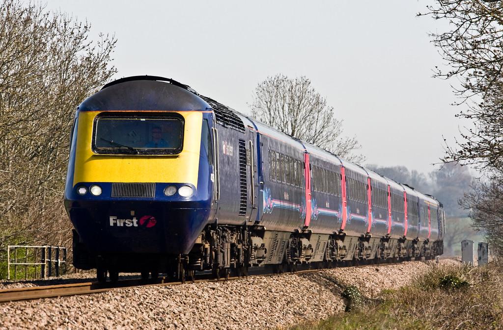 HST, 09.06 London Paddington-Plymouth, Pugham Crossing, near Burlescombe, 15-4-15.