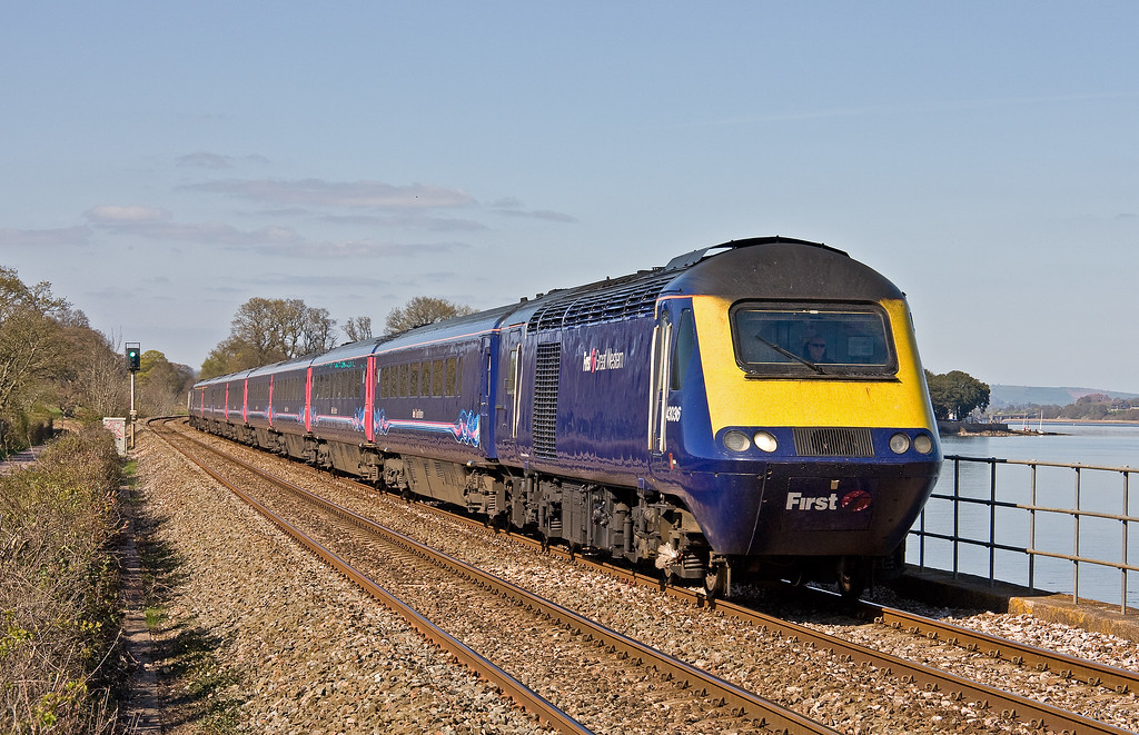 43036/43179, 13.05 London Paddington-Plymouth, Powderham, near Exeter, 6-4-17.