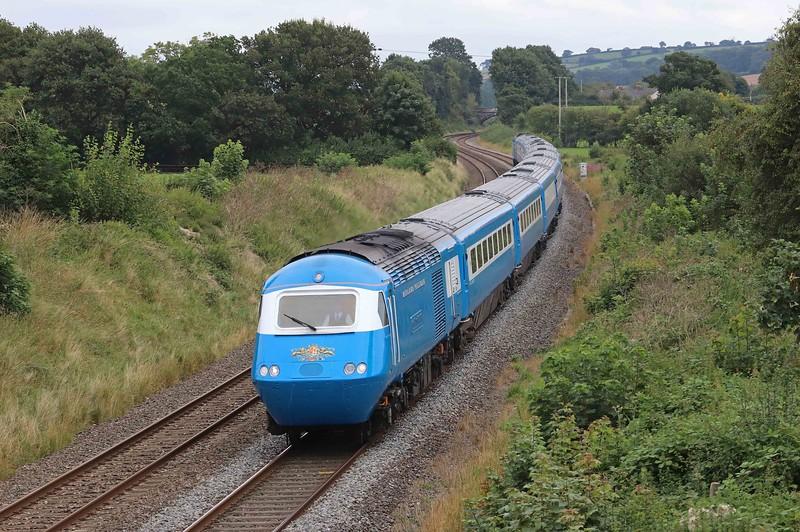 43046/43055, 06.36 Peterborough-Kingswear, Devonian Pullman, Ellerhayes, Silverton, near Exeter, 30-8-21.