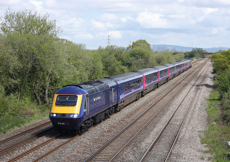 43097/43, westbound, St Mellons, Cardiff, 8-5-12.