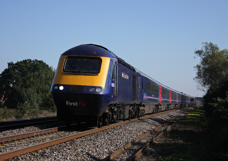 43020/43194, 11.06 London Paddington-Plymouth, Bathpool, Taunton, 11-10-10.
