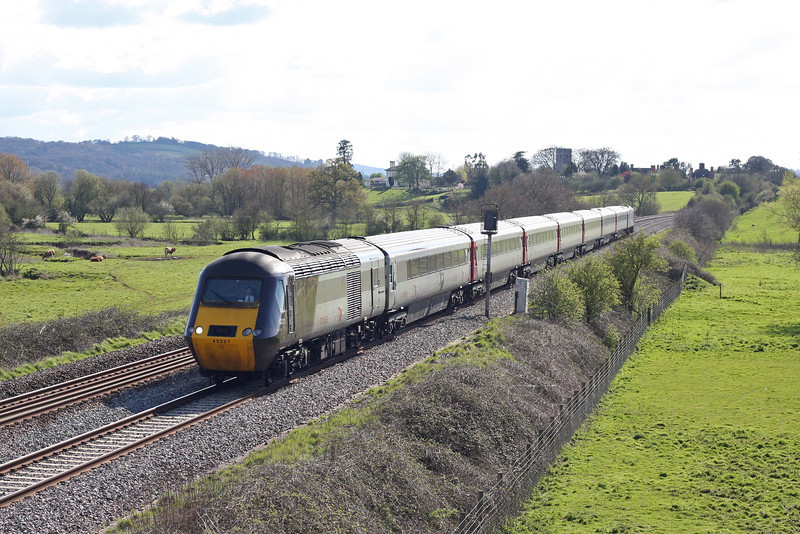 43321/43, 15.23 Plymouth-Leeds, Rewe, near Exeter, 12-4-12.