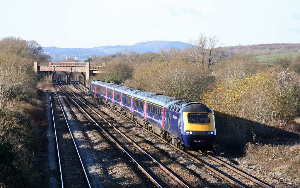 HST, 11.55 Cardiff Central-London Paddington, Llandevenny, near Llanwern, 5-12-12.