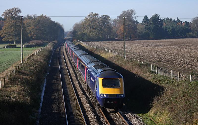 HST, 06.48 Penzance-London Paddington, Manningford Bruce, near Pewsey, 16-11-10.