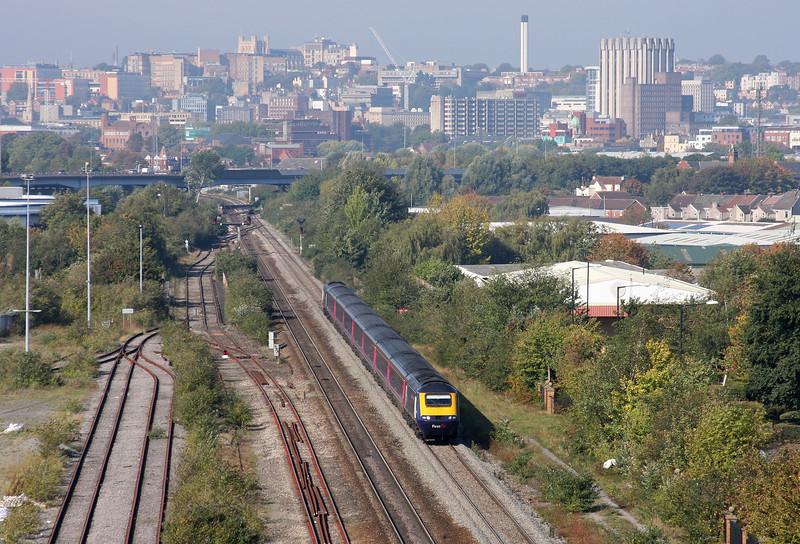 HST, eastbound, St Anne's, Bristol, 30-9-11.