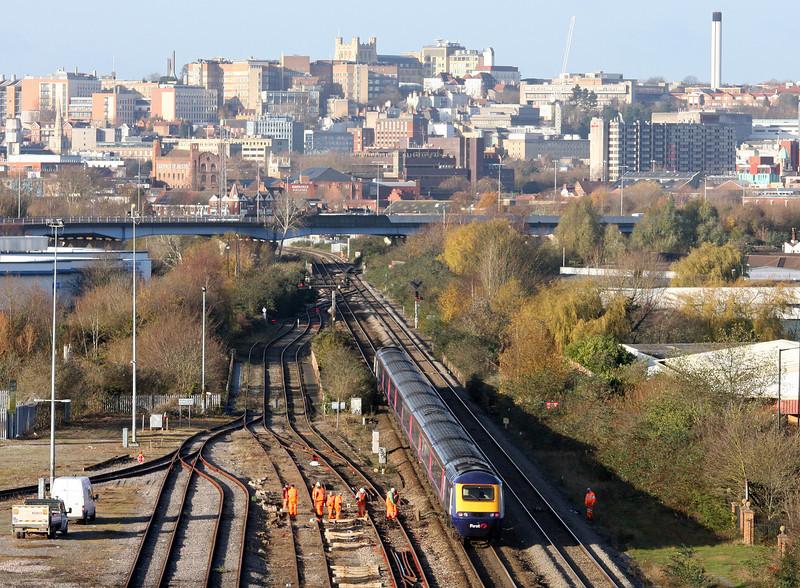 HST, eastbound, St Anne's, Bristol, 7-12-11.