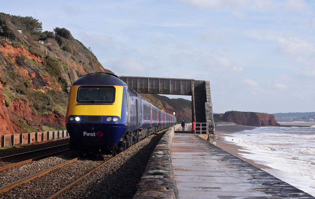 HST, 07.30 London Paddington-Penzance, Dawlish, 12-3-13.