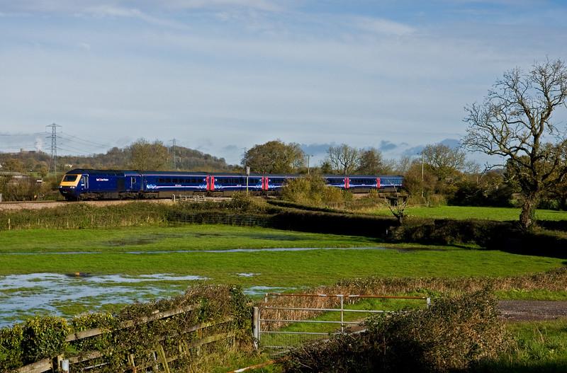 43009/43156, 09.06 London Paddington-Plymouth, Pugham Crossing, near Burlescombe, 12-11-14.