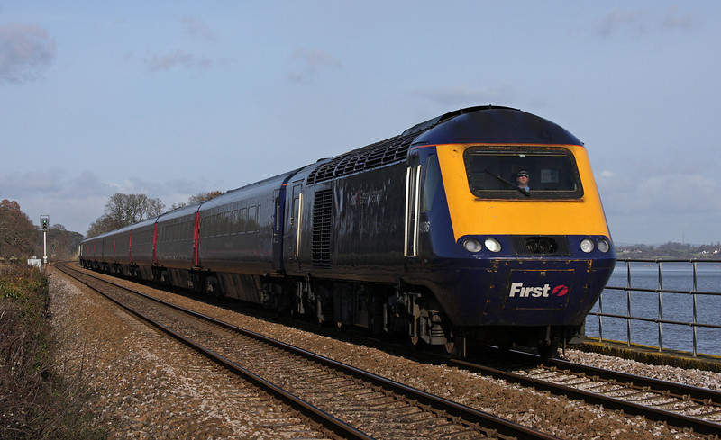 43186/43156, 09.06 London Paddington-Plymouth, Powderham, near Starcross, 1-2-10.