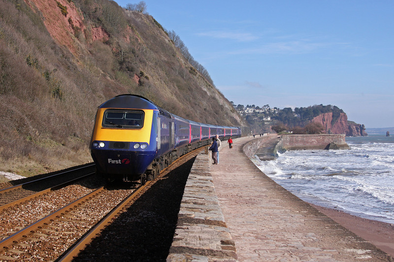 HST, 07.30 London Paddington-Penzance, Teignmouth, 11-3-10.