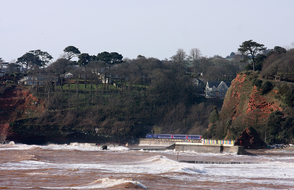 HST, 07.06 London Paddington-Paignton, Coryton Cove, Dawlish, 12-3-13.