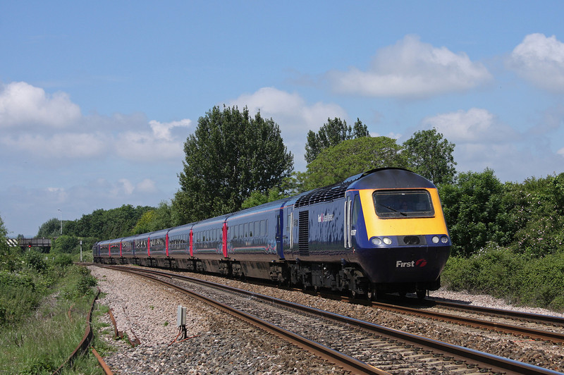 43097/43136, 08.44 Penzance-London Paddington, Bathpool, Taunton, 11-6-10.