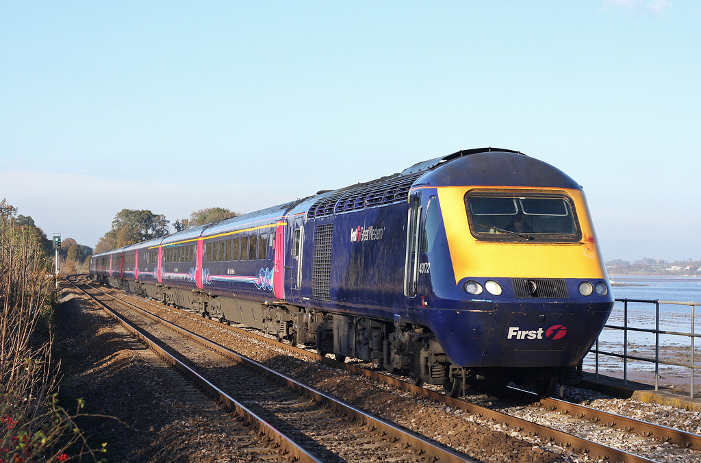 43172/43, westbound, Powderham, near Starcross, 14-11-12.
