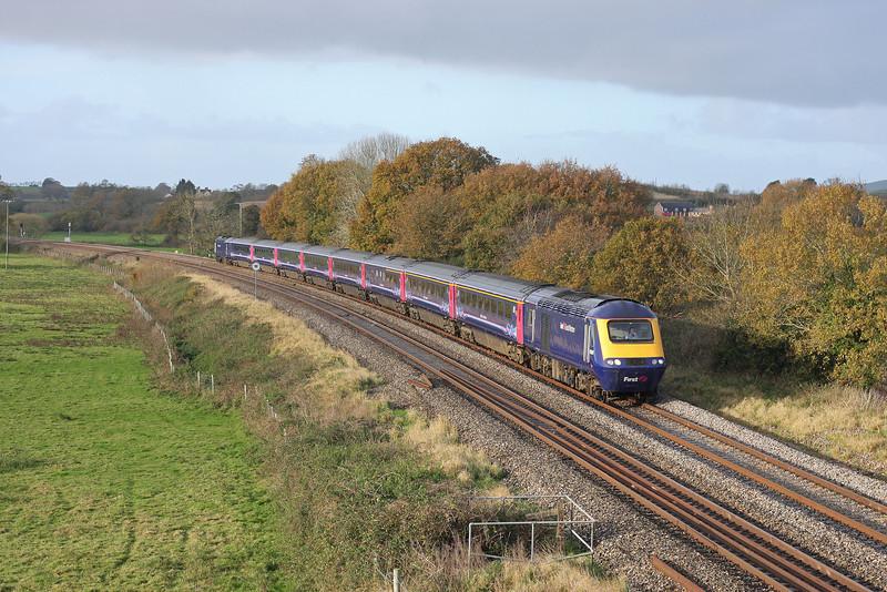 HST, 08.40 Plymouth-Paddington, Ellerhayes, Silverton, 27-11-11.
