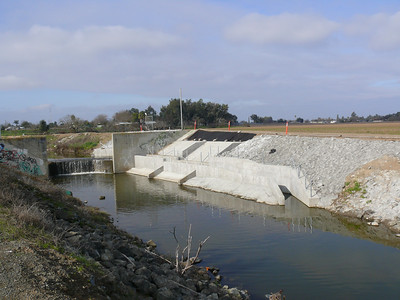 110112 Marsh Creek Fish Ladder