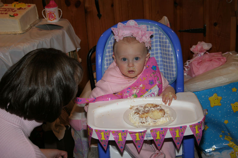 02 12 06 Kylee's 1st Birthday Party (80)