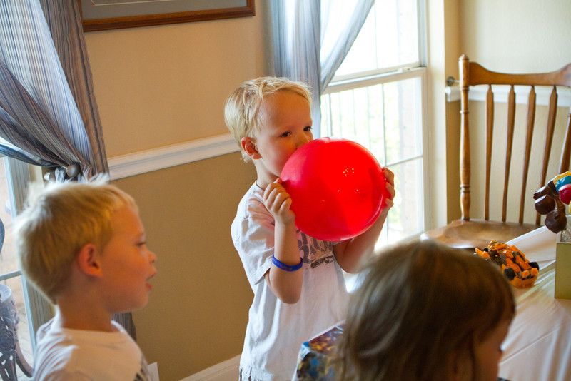 09 24 11 Jonah's 5th birthday party-7817