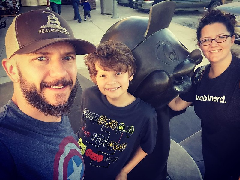 11 25 17 Family at Bucees