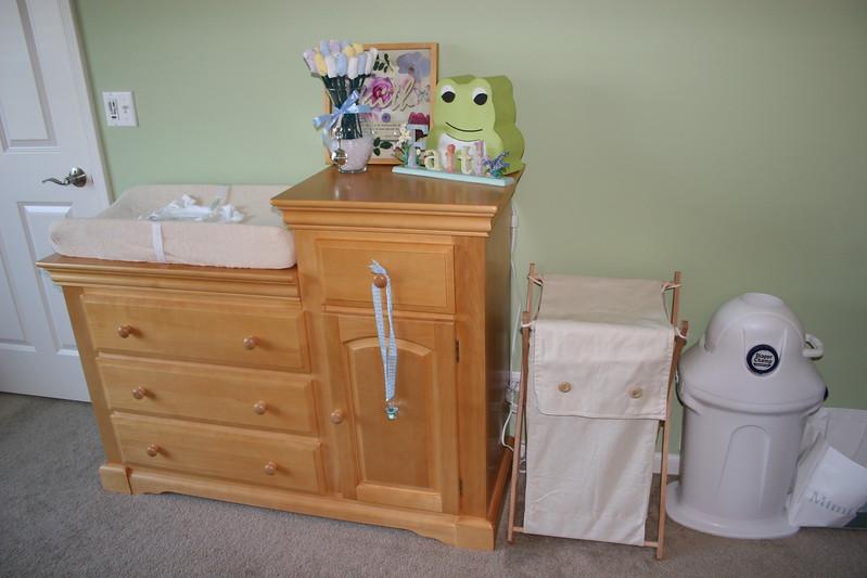 07 18 06 Baby's Room (9)