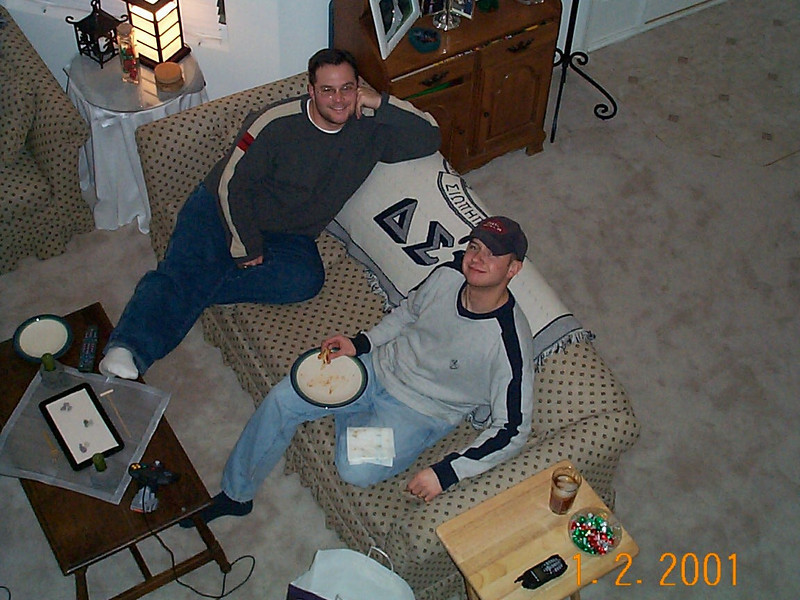 01-02-01 Alan & Dave on the couch