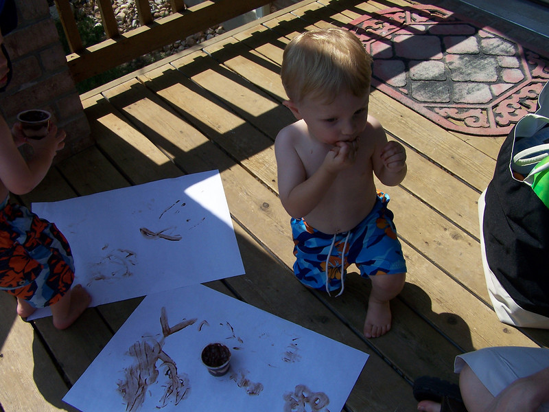 07 22 08 Pudding painting and swimming with Jackson (1)