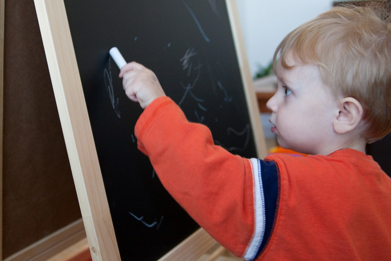 01 07 08 Jonah with Easel-9472