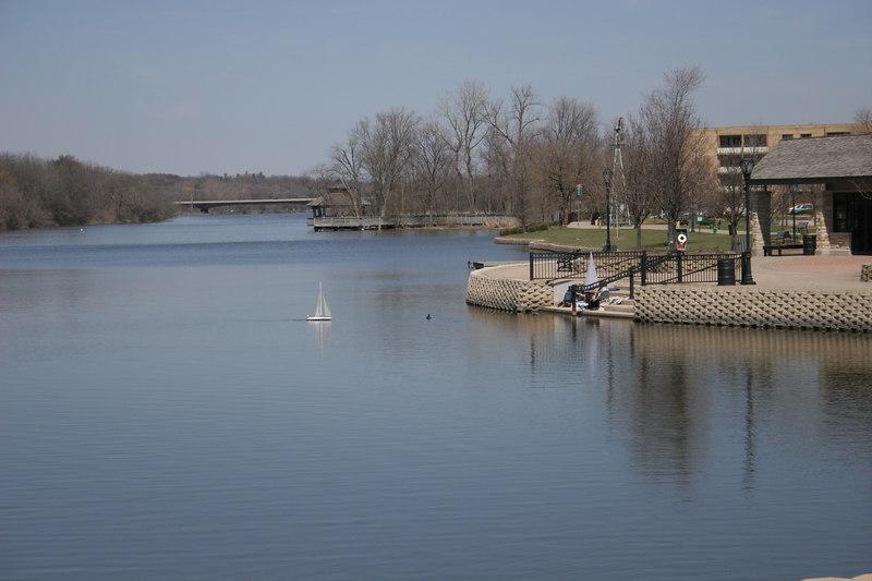 04 09 06 Batavia Riverwalk (1)