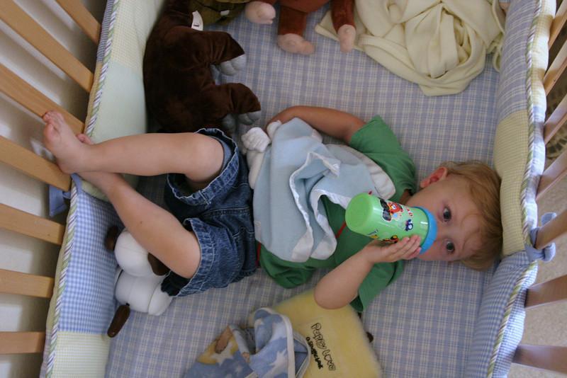 06 24 08 Jonah  in his crib (6)