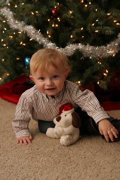 12 13 07 Jonah, Kat & Carter Christmas Pics (11)
