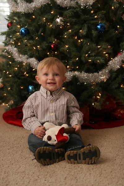 12 13 07 Jonah, Kat & Carter Christmas Pics (14)