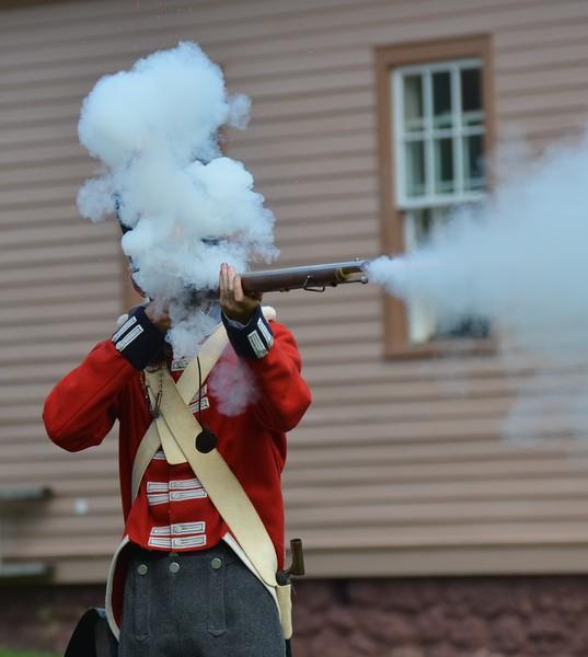 Fort Mackinac gun demonstration