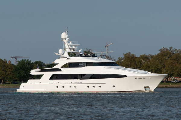 M/Y Usher 2007 154' Delta Marine Custom IMO:  9/19/18 Washington Channel