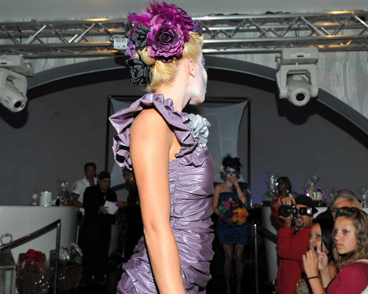 Melville, New York - June : Calori Bella Preforms the 30 at Four Hair Salon Competition Hosted By Richard Jay on June 13, 2011 in Melville, New york. (Photo by Joseph Bellantoni/In House Image)