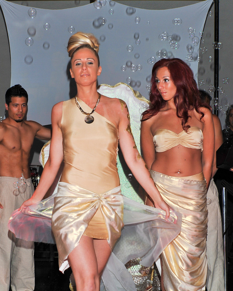 Melville, New York - June : De La Mer Preforms the 30 at Four Hair Salon Competition Hosted By Richard Jay on June 13, 2011 in Melville, New york. (Photo by Joseph Bellantoni/In House Image)