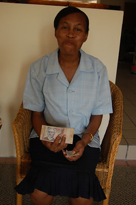 AN37 Marie Tarn Victor with Christmas money FGG50