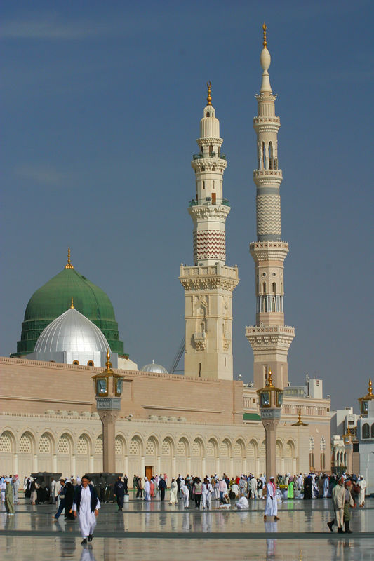 The green dome of the mosque is the area where the Prophet's orginal mosque stood.  Prophet Mohammed is one of the only prophets whose grave is known in modern times and is located close to the green dome.