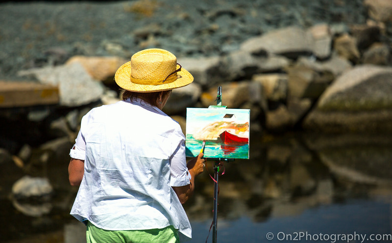 Peggy's Cove - Artist at work...