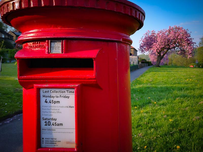 Post box at Ripponden