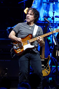 Hall & Oates live at DTE Music Theatre on 7-18-2016. Photo credit: Ken Settle