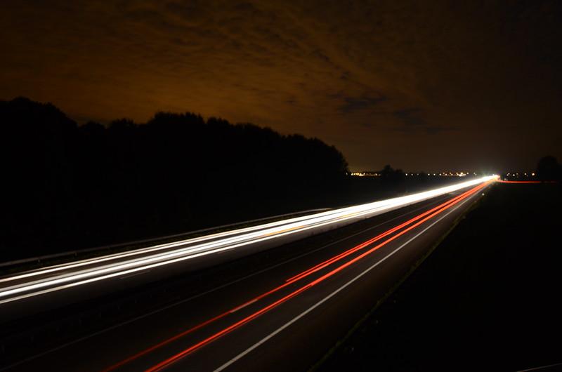 Fotograaf: Jan Masseurs. Avondfoto A17 knooppunt Noordhoek.