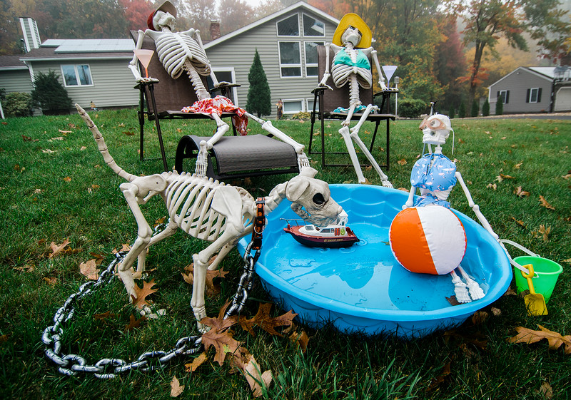 Halloween displays on Scenic Dr. in Leominster. SENTINEL & ENTERPRISE / Ashley Green
