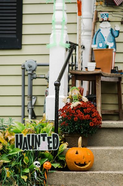 Halloween displays on Cane Street in Fitchburg. SENTINEL & ENTERPRISE / Ashley Green