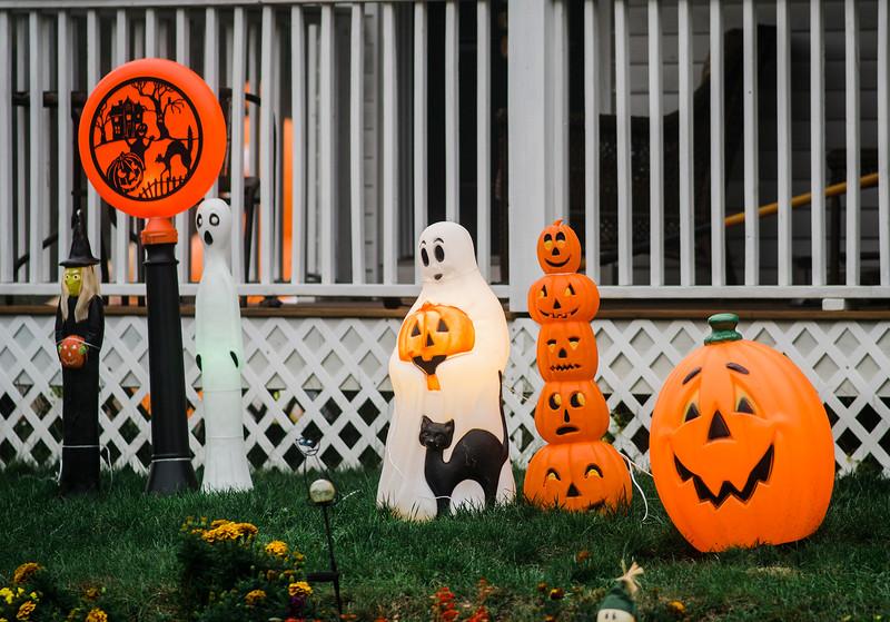 Halloween displays on Tolman Ave. in Leominster. SENTINEL & ENTERPRISE / Ashley Green