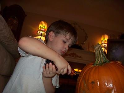 2009-10-28 pumpkin carving 10-28-2009