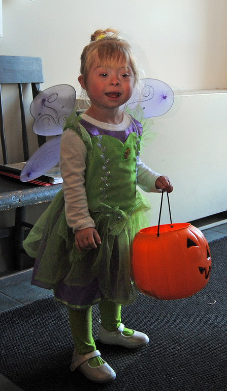 . NASHOBA VALLEY VOICE/ANNE O\'CONNOR The folks working in and around the town offices in Shirley decided to celebrate Halloween with the community. This was the first time 3-year-old Karlee O\'Connor has gone trick-or-treating.