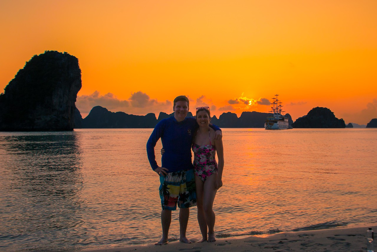Bai Tu Long Bay sunset