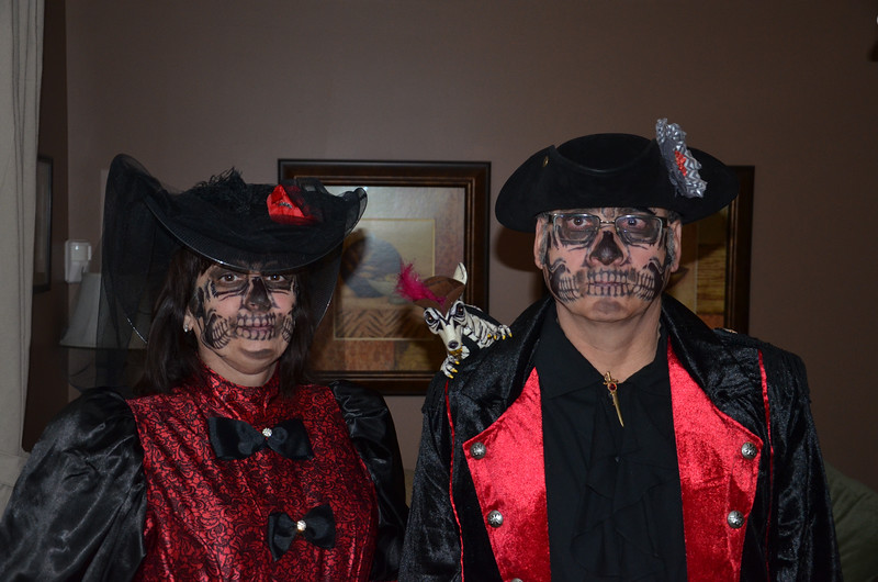 Sue and Don as Zombie Pirates