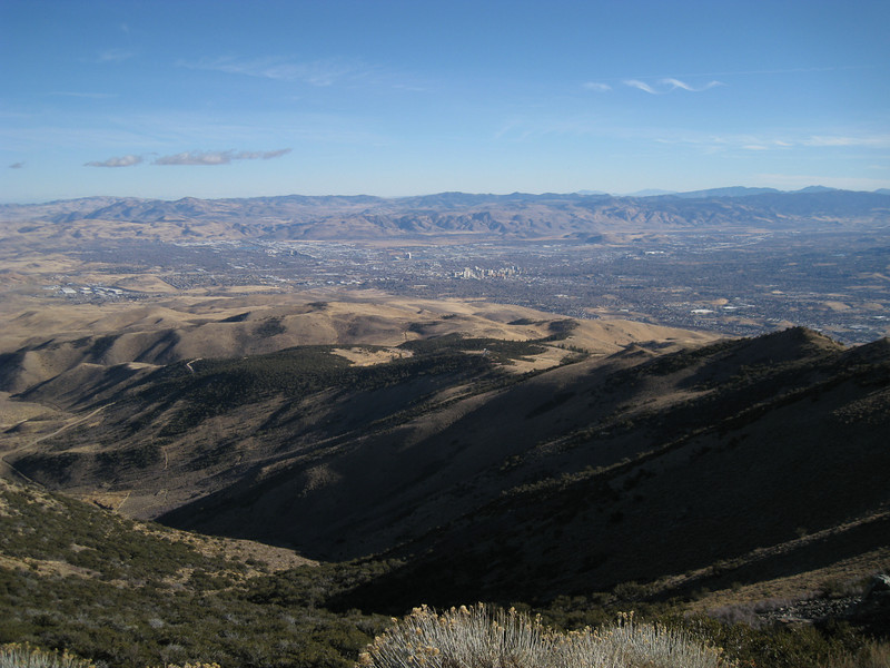 The view from the top looking east. Reno, NV stretches out before us. This is one of the few summits where you can operate your radio in the morning, then head down and lose it in a poker game later that afternoon.