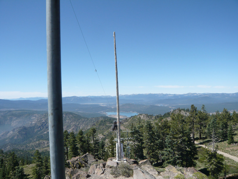 Tying off the south end of the antenna was easy: the old flag pole made a great support, even though there was no longer a rope going up to a pulley.