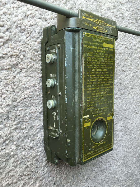 US Military Radio RT-159b URC-4 UHF VHF Transceiver Survival Rescue
